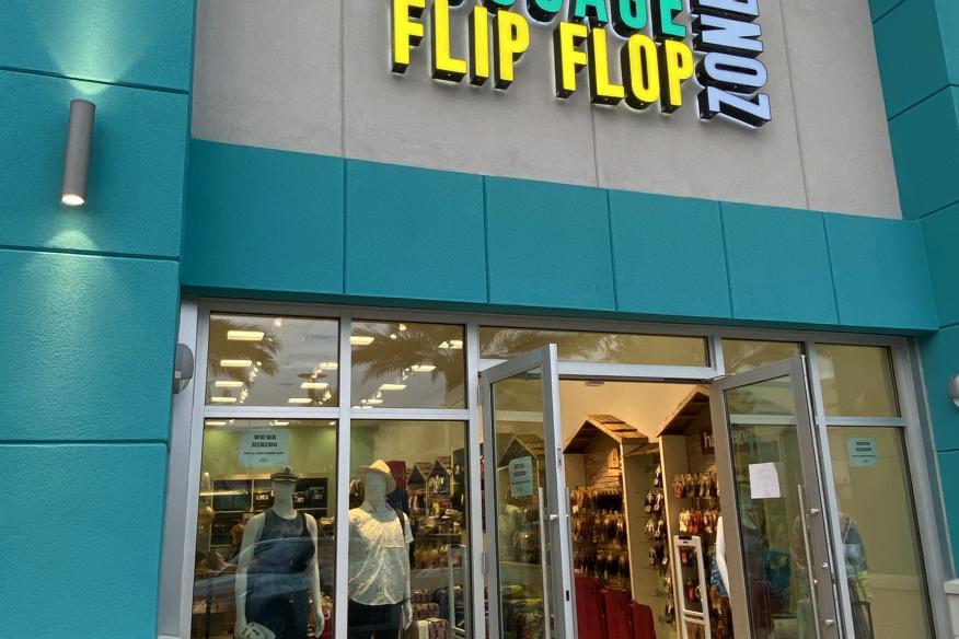 Luggage Flip Flop Zone