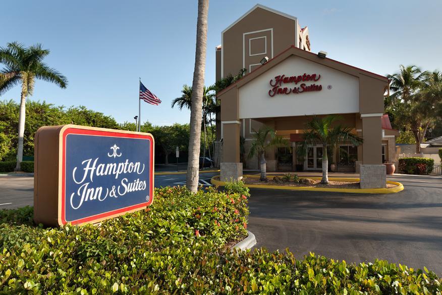 Hampton Inn Fort Lauderdale Exterior