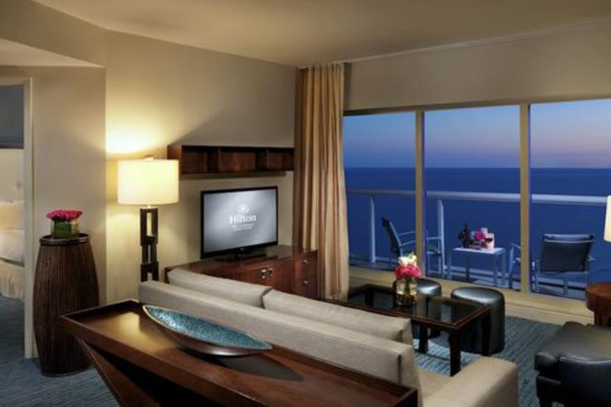 One Bedroom Suite Ocean Front