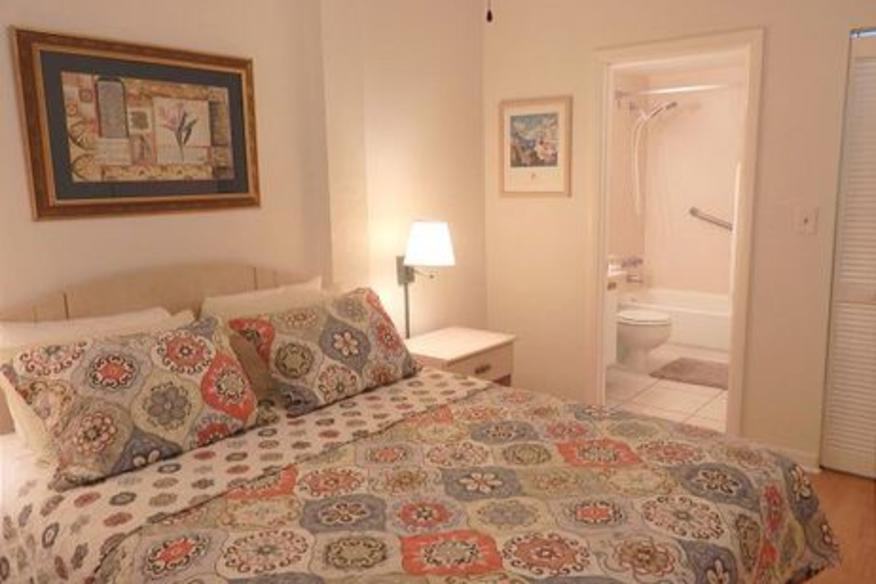 Hollywood Beach Resort #PH5 One Bedroom One Queen Bed /One Sleeper Sofa