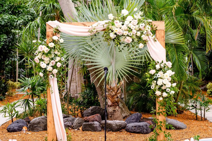 Wedding in Garden Details