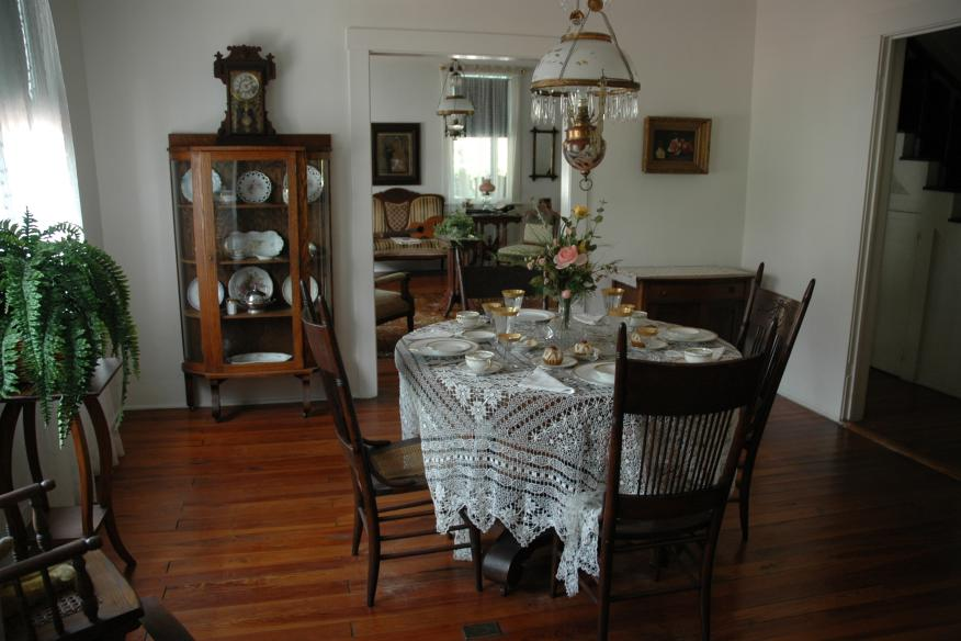 Dining Room - King Cromartie House