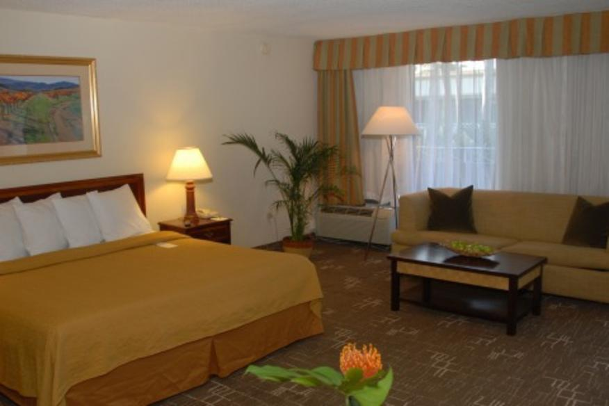 QUALITY INN SAWGRASS CONFERENCE CENTER