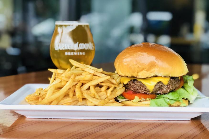 Legends Tavern and Grille Burger