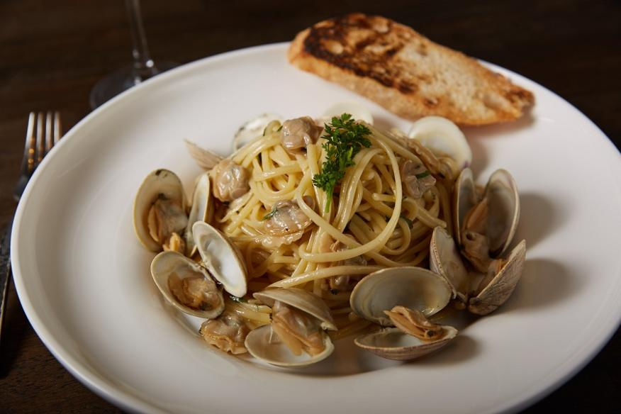 Linguine & Clam Sauce