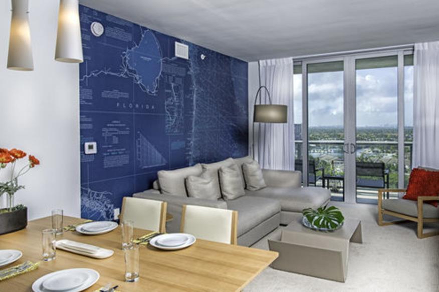 Living room/ Suite