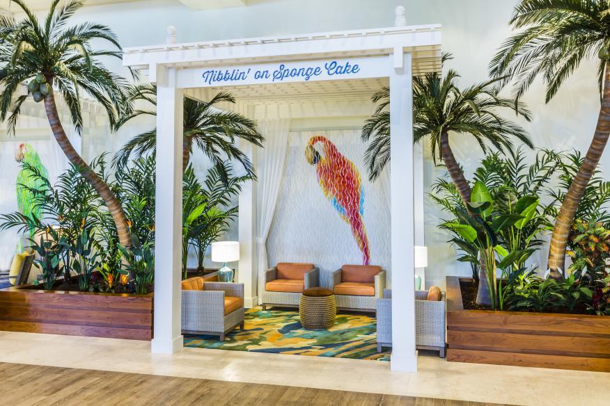 Lobby Cabana