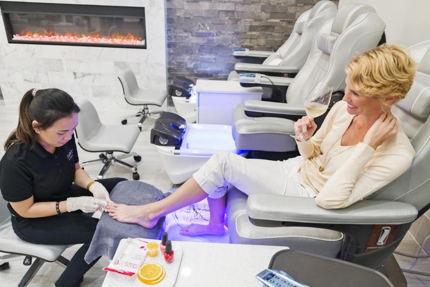 Tipsy Salonbar Pedicure Dania Pointe