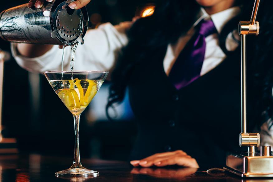 Martini Pour