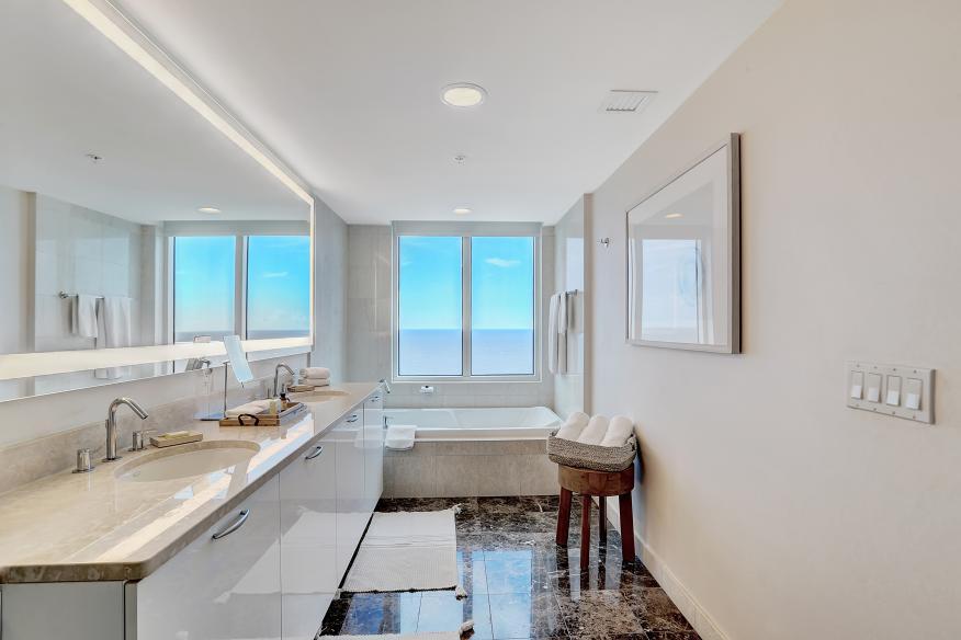 One Bedroom Suite 3