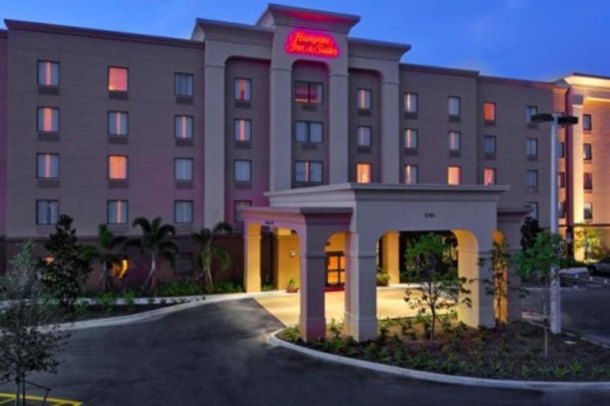HAMPTON INN & SUITES FT. LAUDERDALE WEST-SAWGRASS/TAMARAC HOTEL