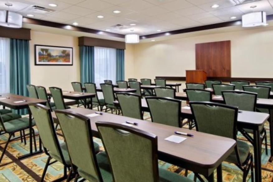 Meeting Room-Classroom Seating (30 seats)
