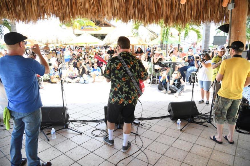 Margaritaville Hollywood Live - 5 o'Clock Stage - 2