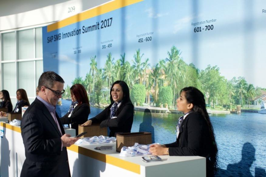 Registration Staff - SAP Innovation Summit (1)