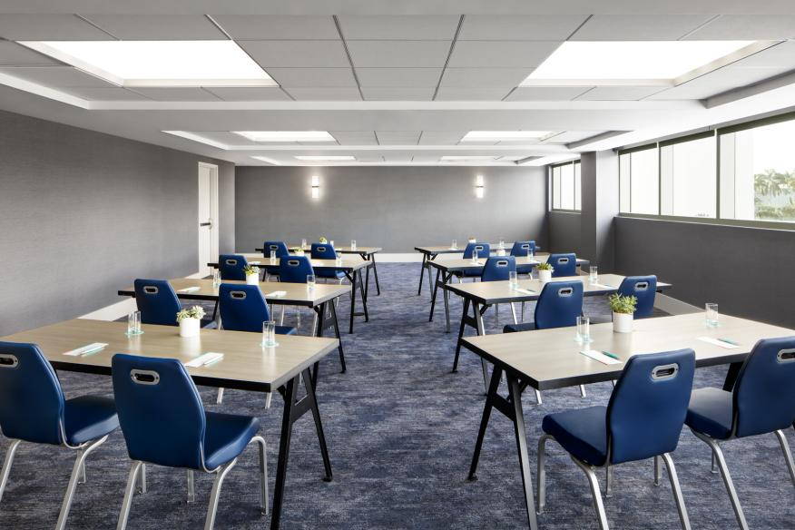 Lago Bay / Venice Meeting Rooms