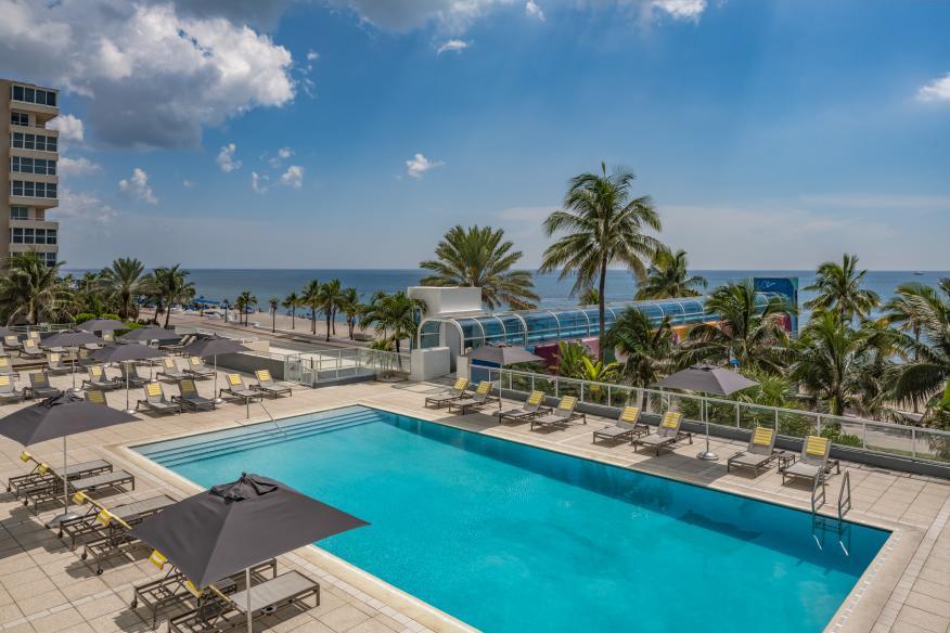 Oceanfront Pool Deck