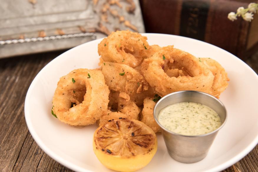 Déjà Blue Restaurants - Calamari