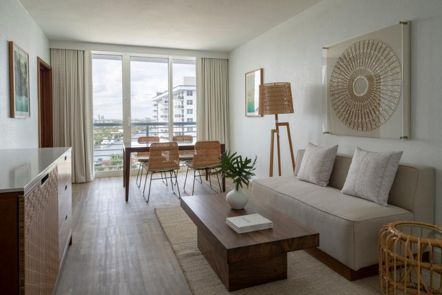 Intracoastal Suite Parlor