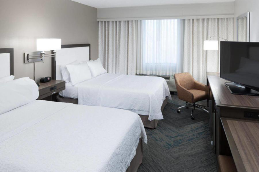 Hampton Inn Fort Lauderdale - King Study