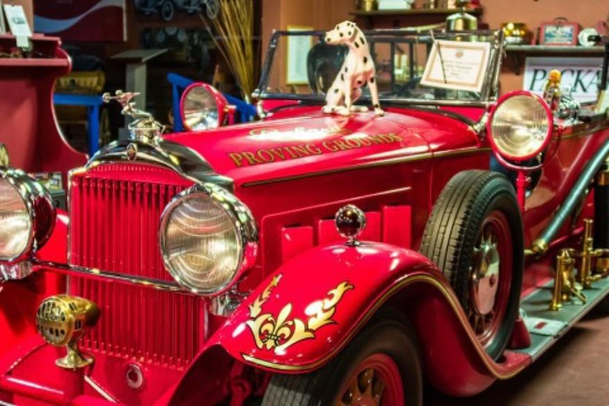 FORT LAUDERDALE ANTIQUE CAR MUSEUM