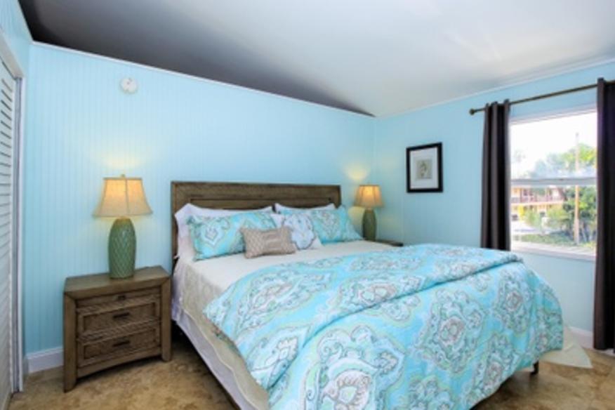 Ocean Breeze Apartment Master Bedroom