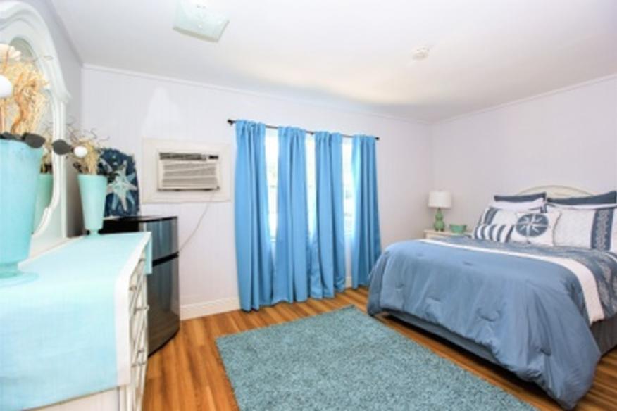 Aqua Room 3