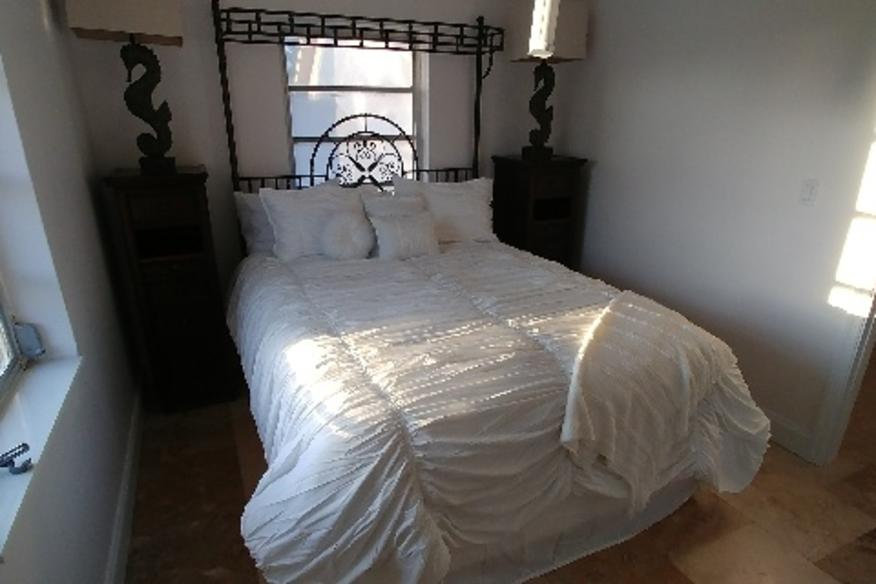Nauti Room One Bedroom Apartment 29