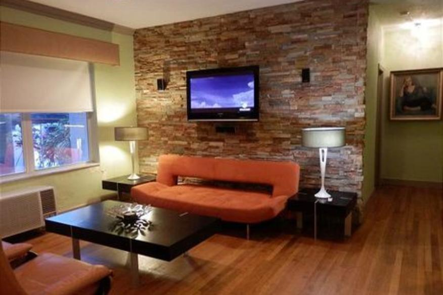 326 Windwood on Hollywood #101 One Bedroom One Bathroom