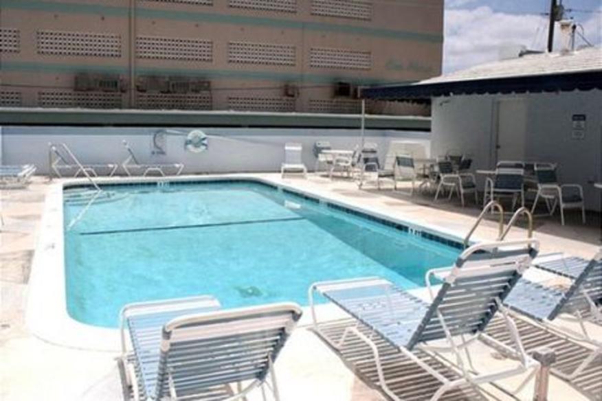 326 Windwood on Hollywood #301 Three Bedroom Two Bathroom