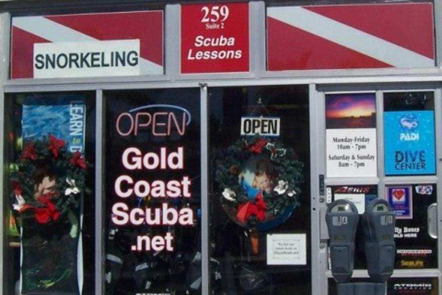 GOLD COAST SCUBA LLC