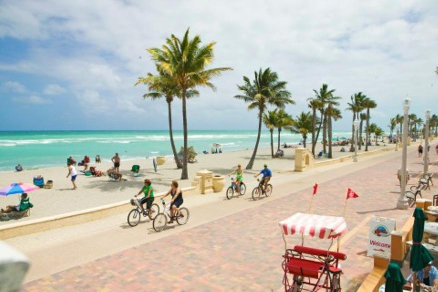 HOLLYWOOD BEACH EVENTS