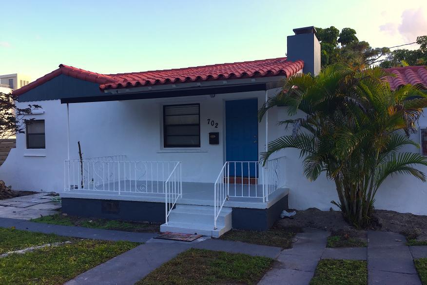 Cabana Suite