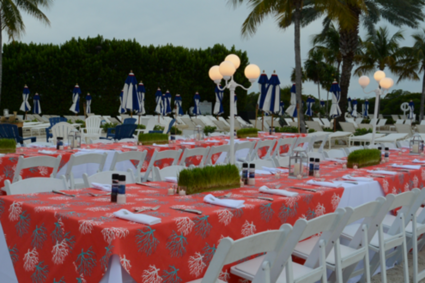 Coral Patterned Liens Beach Party