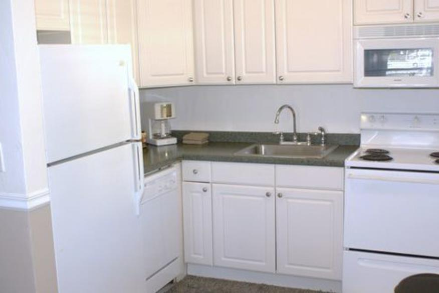 Two Bedroom Condo/Villa Kitchen