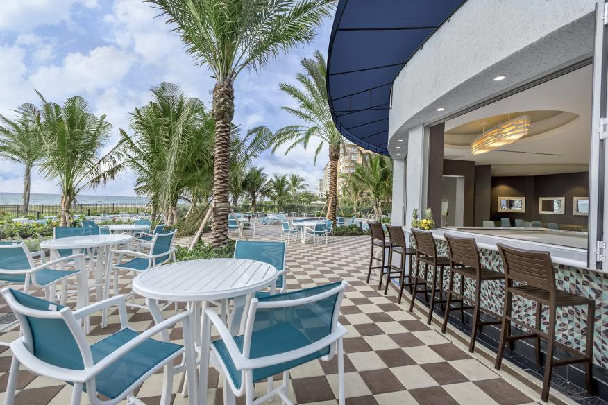 The Sand Bar pool side dining