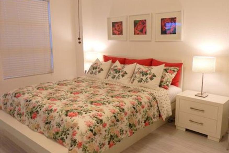 Hollywood Beach Resort #430 Studio XL King Bed Full Ocean View