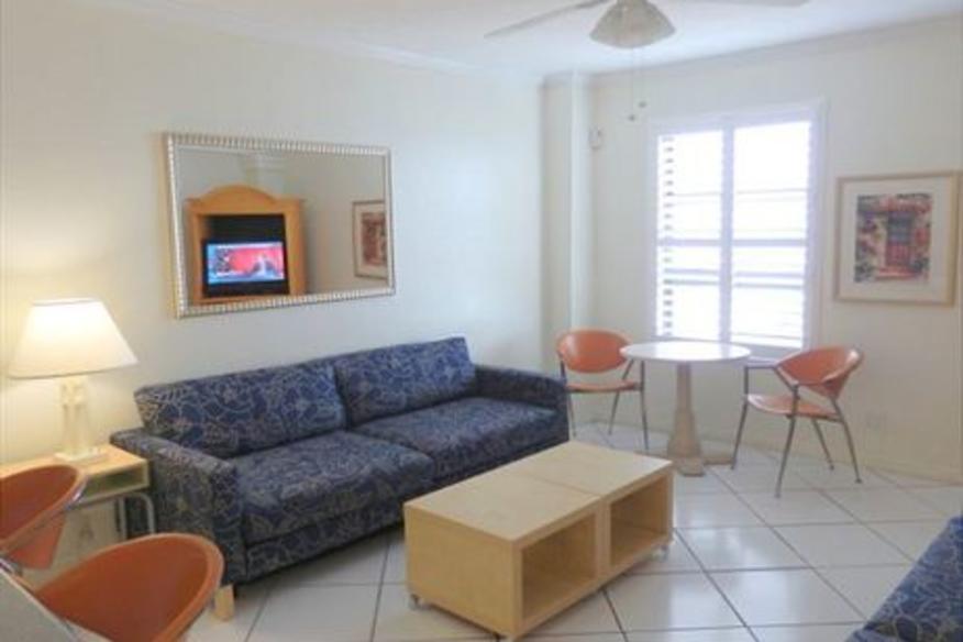 Hollywood Beach Resort #703 One Bedroom Ocean View King Bed