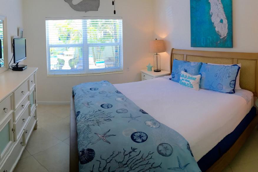 1BR Suite King Bed