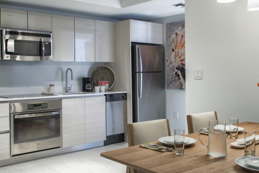 Kitchen/ Suite