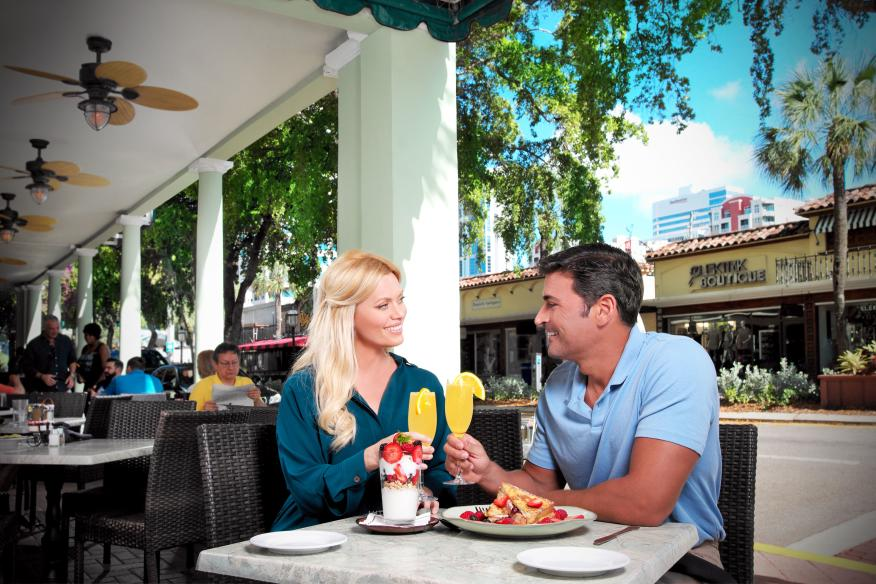 Wild Sea Las Olas Boulevard Outdoor Seating