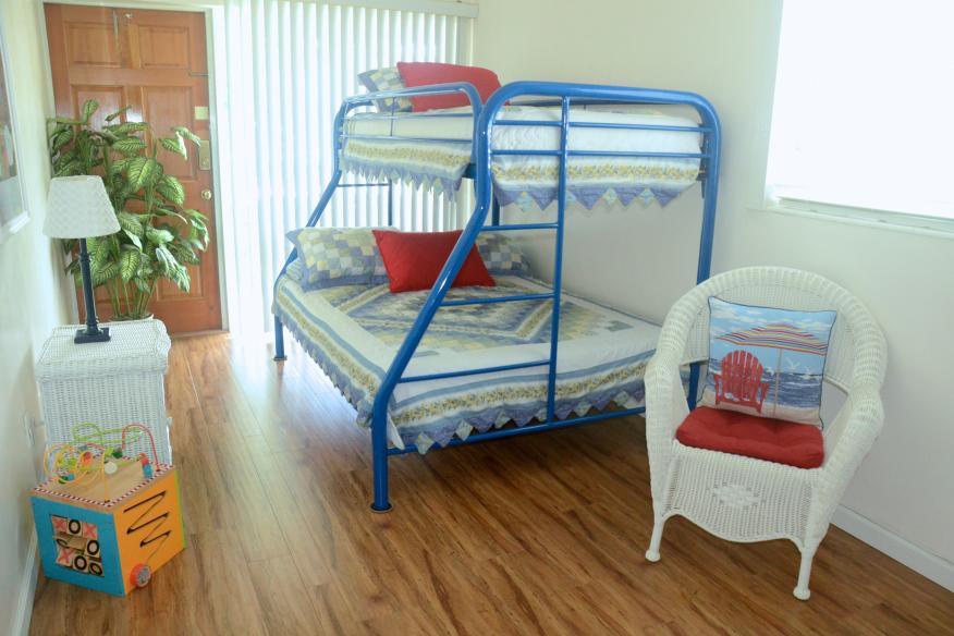 Second bedroom of 2/2