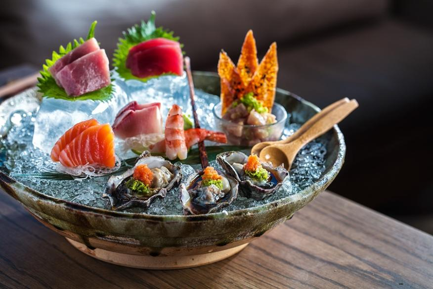 Sashimi Platter with Oysters