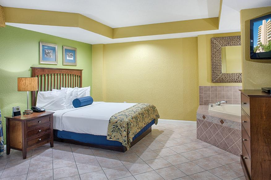 Pompano Beach, FL - Wyndham Santa Barbara Resort, Studio Suite