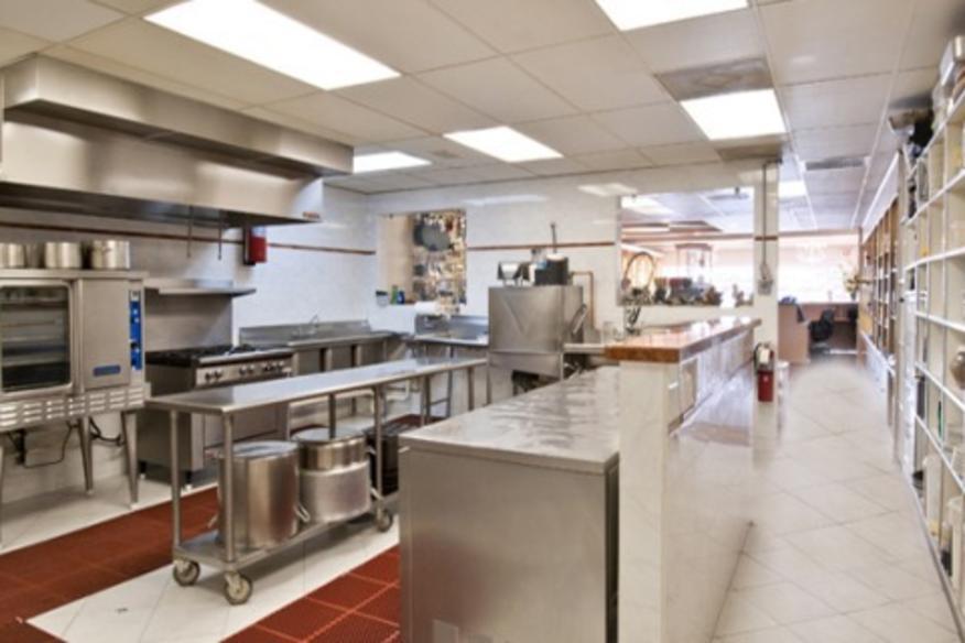 CHEF JEAN PIERRE'S COOKING SCHOOL