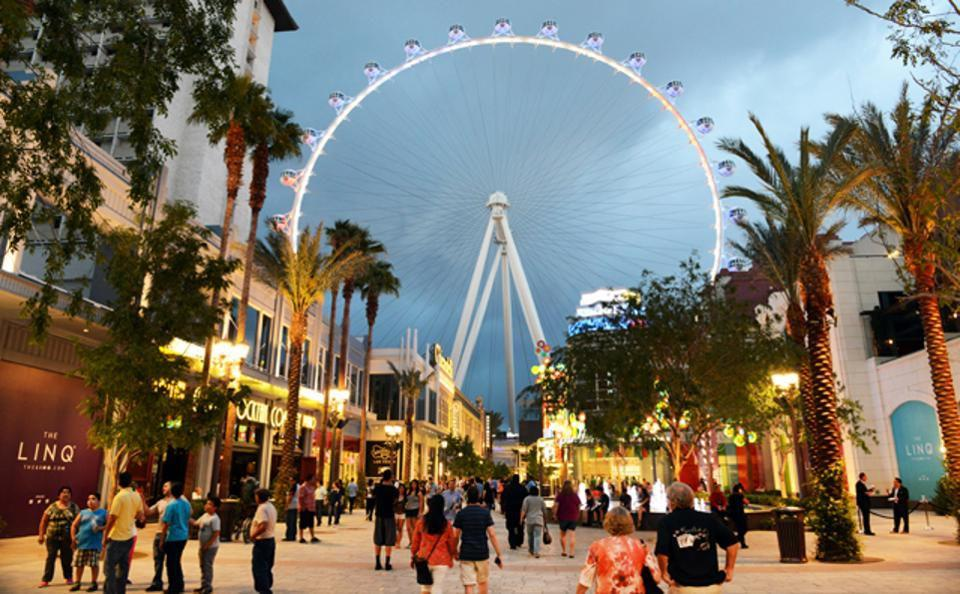 High Roller Observation Ferris Wheel