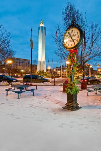 Easton Peace Candle 02 - Discover Lehigh Valley Holidays - Hub Wilson
