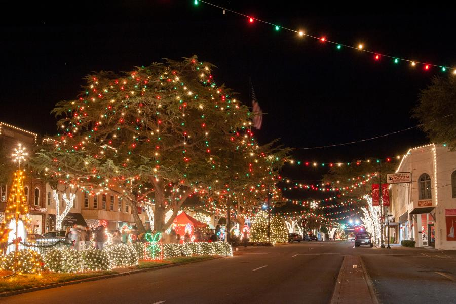 Christmas lights in downtown Forest City