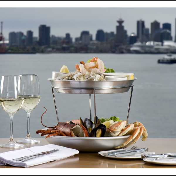 PIER 7 seafood tower