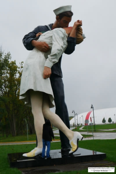 Kissing Couple Crown Point Indiana