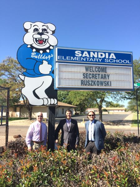 Welcome Sign - Sandia Elementary